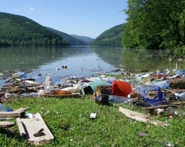 Засмічення річок в Україні викликало занепокоєння країн-сусідів